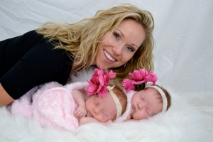 Laura Tarbell and her Twin Girls